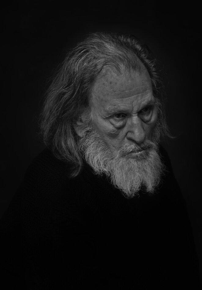 """portait de Serge Merlin dans """"Le roi Lear"""" © Fro Adric"""