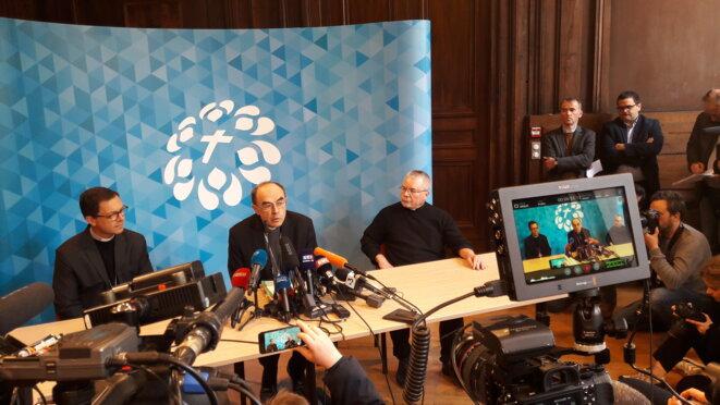 Le cardinal Barbarin a prononcé quelques mots face à la presse après l'annonce du jugement © DG