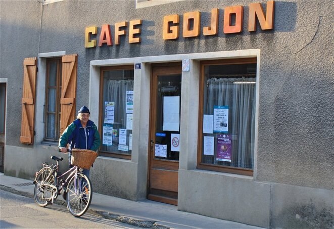Café Gojon, bastion de résistance ! © Patrice Morel (février 2019)