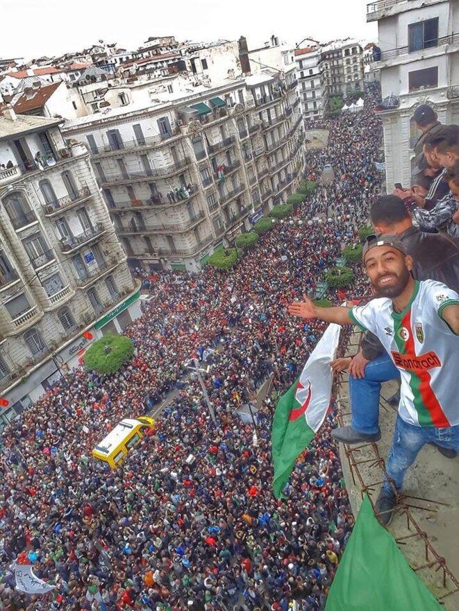 Manifestation à Alger, vendredi 8 mars. © (dr)