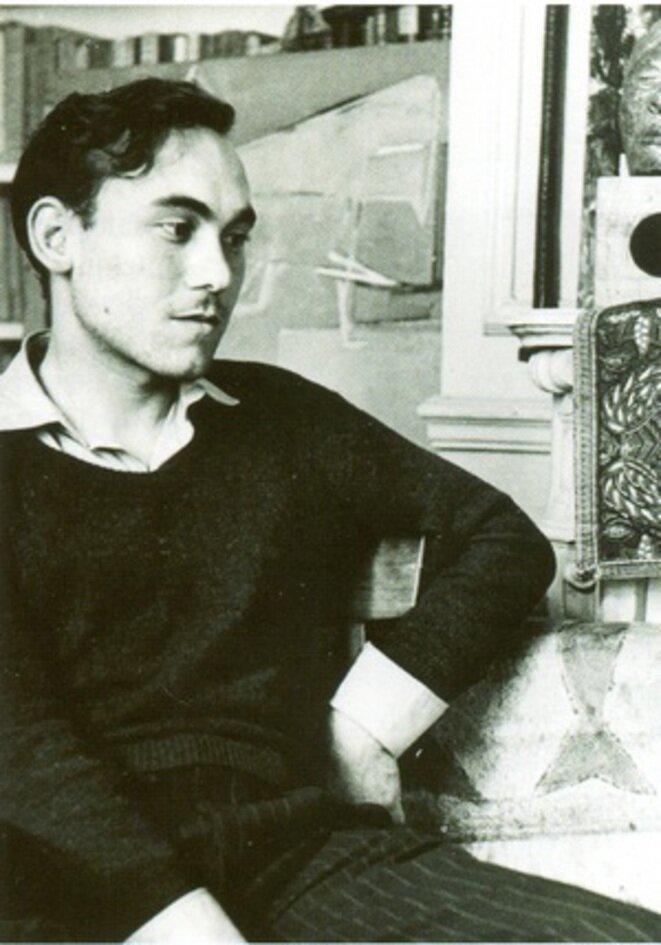 Jean Sénac, été 1951 © Photo T. Saulnier, coll. bibliothèque de l'Alcazar, Marseille.