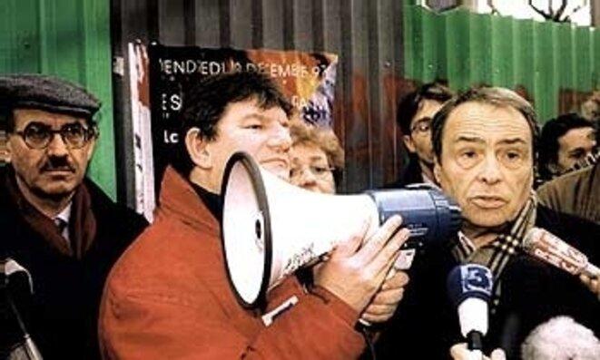 bourdieu-gare-de-lyon-12-decembre-1995