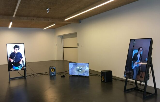 "Shimabuku, ""Cuban Samb Remix (Remix by Kassin with Arto Lindsay)"", 2016, Installation : vidéos couleur et son © Hélène Loget"