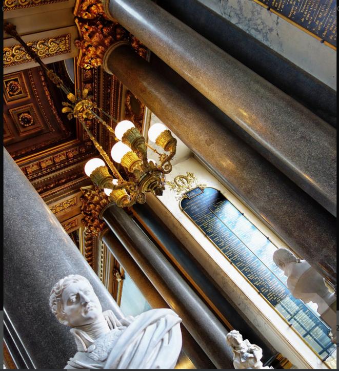 Versailles © Luna TMG