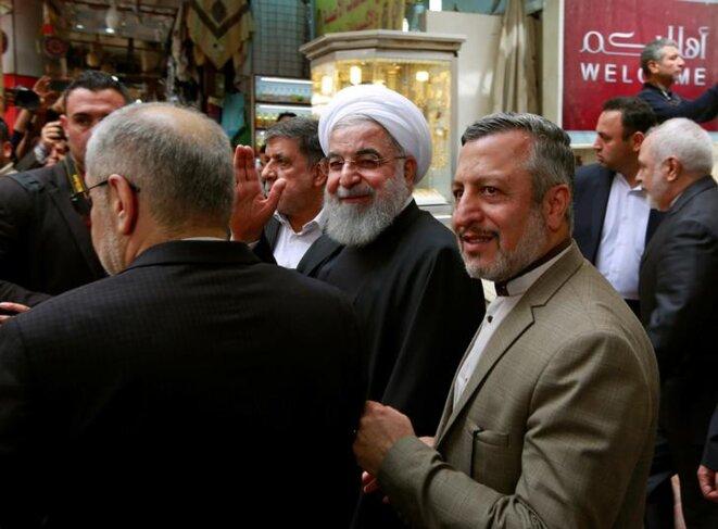 Hassan Rohani (au centre), à la sortie de sa rencontre avec Ali Hussein Sistani à Nadjaf, le 13 mars 2019. © Reuters