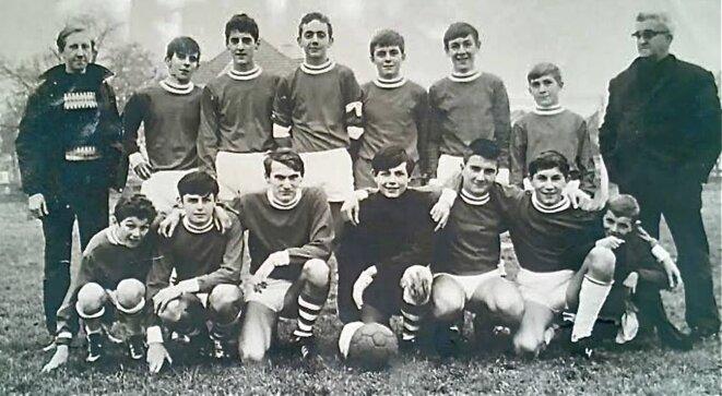 Equipe cadets-minimes US.St-Genix 1968-69, au Stade de la Forêt (2ème en haut à gauche)