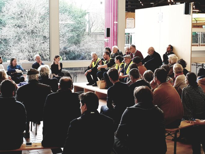 Rencontres du 10 février, tribunes du théâtre Nanterre-Amandiers