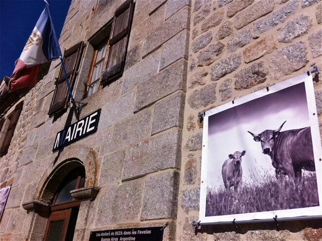 Mairie de Nasbinals © Patrice Morel (septembre 2018)