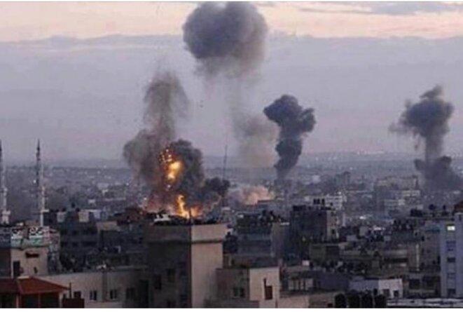 GAZA-CAGE-COMBLE NUITAMMENT BOMBARDÉE, 45 RAIDS EN DEUX HEURES - © E'M.C. Exequatur