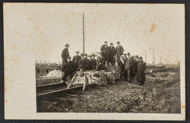 Grève générale à Granges (Soleure), novembre 1918. Collection NMB. Nouveau Musée Bienne.