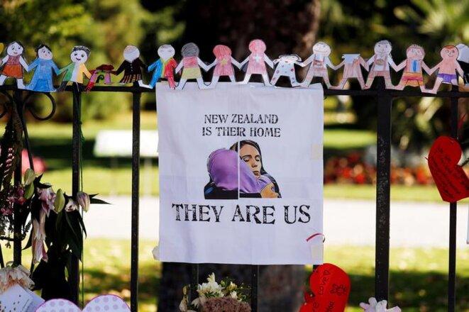 Mémorial à Christchurch (Nouvelle-Zélande), mardi 19 mars. © Reuters