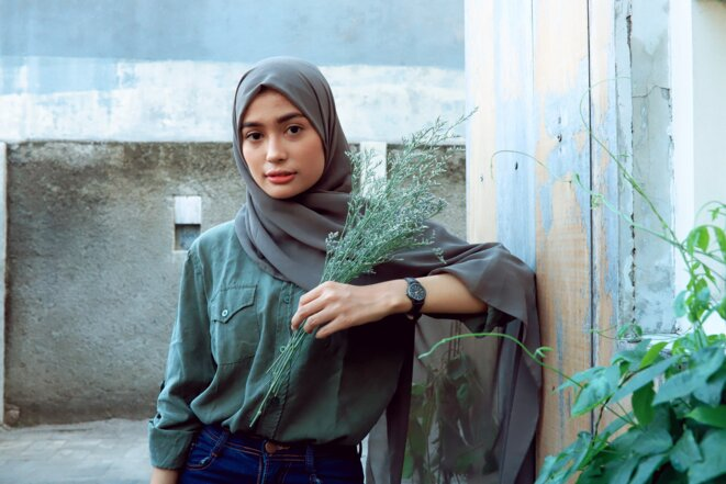 Femme portant le Hijab © Photo by Ambar Simpang from Pexels
