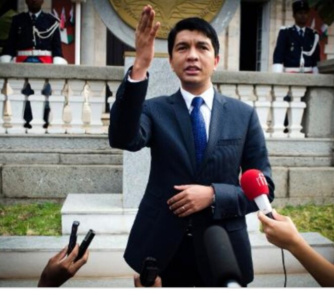 A.Rajoelina, à la tête d'un conglomérat d'acolytes qui fait la pluie et le beau temps du rouage économique malgache