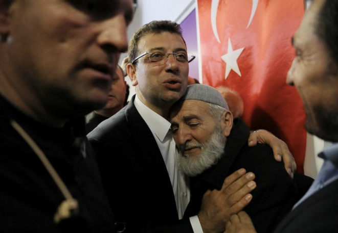 Ekrem Imamoglu (CHP) à Istanbul, le 1er avril 2019. © REUTERS/Huseyin Aldemir