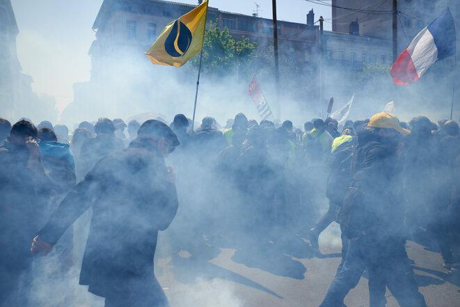 Le brouillard se fait dense en cette radieuse après-midi de printemps toulousain. © Alain Pitton