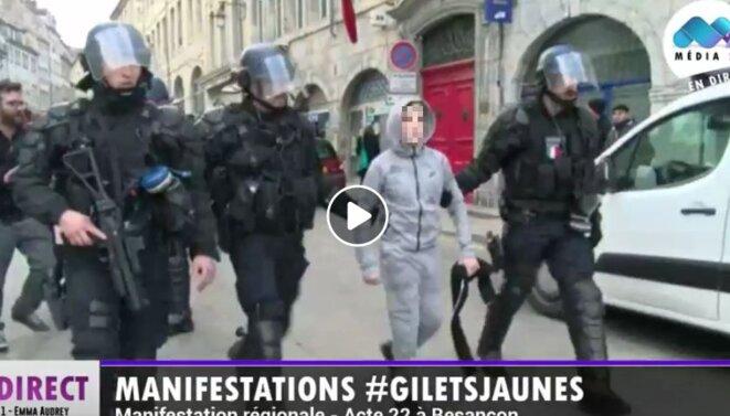 Enfant arrêté par la police à Besançon le 13 avril 2019 © Radio Bip