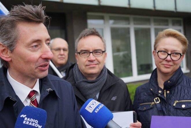 Maciej Gdula lors de la publication de la liste de Wiosna pour les européennes, le 13 avril 2019. © DR
