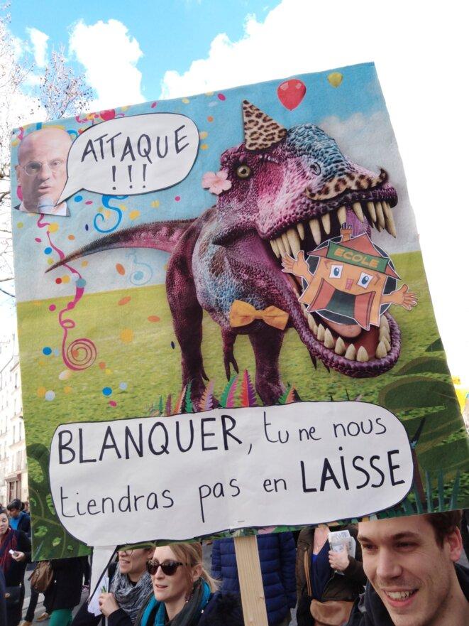 Dans la manifestation du 19 mars à Paris © T. R.