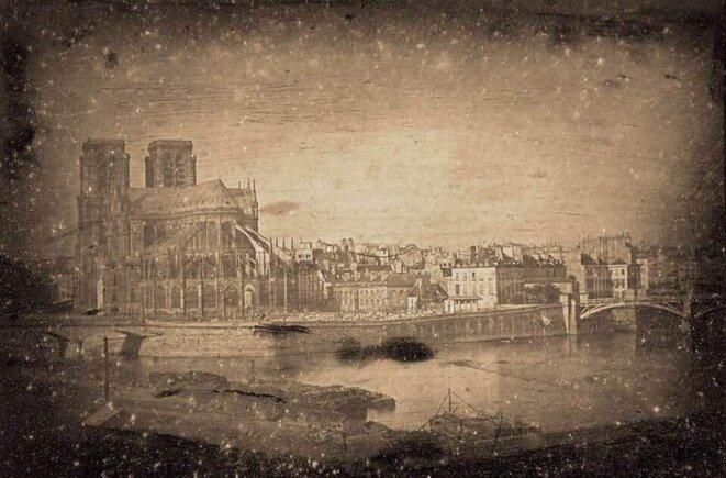 1839 - Premier daguerréotype de Notre Dame