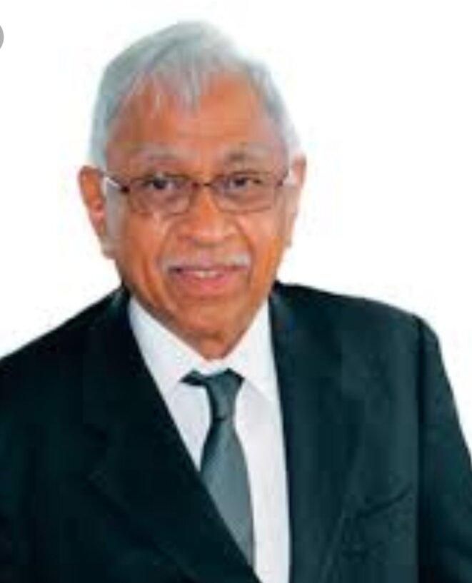 N.Ratsirahonana, personnage incontournable, constitutionnaliste hautement expérimenté, écarté par la haine viscérale de la ministre de la Communication.