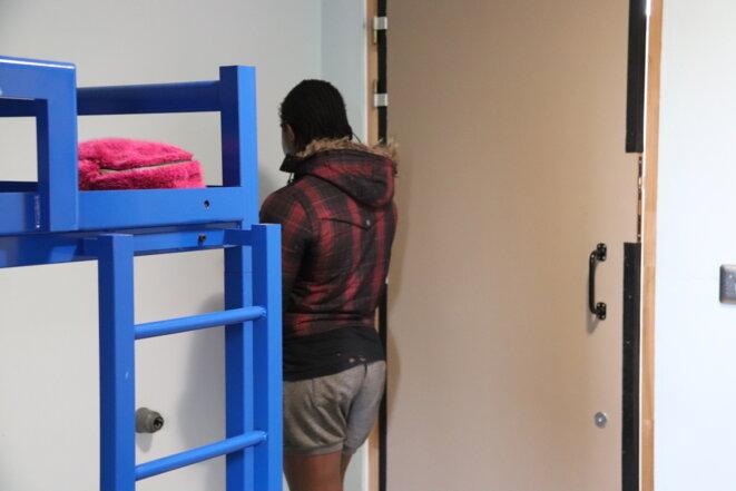 Nigériane, Suzzan confie qu'elle se prostitue, « victime de trafic humain », depuis au moins trois ans en France.