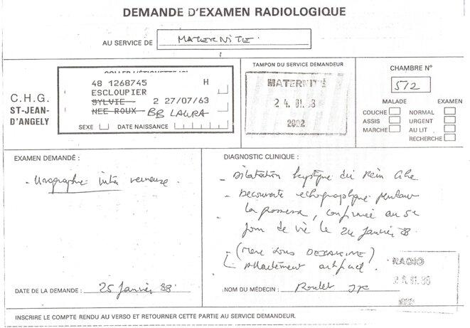 Le dossier médical de Laura Escloupier.