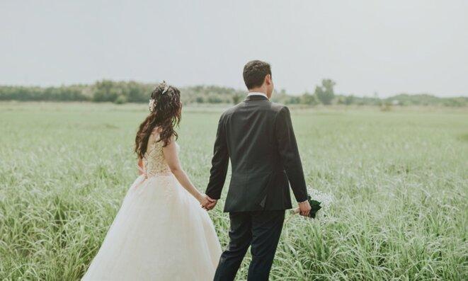 Mariage avec un(e) étranger(ère) : quelles démarches ?