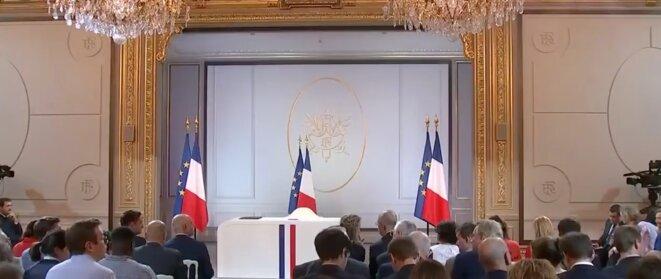 Conférence de presse d'Emmanuel Macron du jeudi 25 avril 2019 : la démocratie, grande absente ?