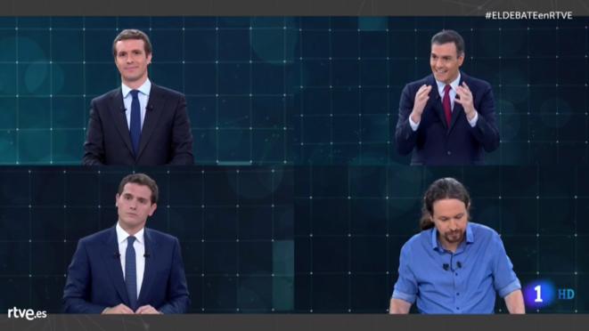 Dans le sens des aiguilles d'une montre, en partant d'en haut à gauche: Pablo Casado, Pedro Sanchez, Pablo Iglesias et Albert Rivera.
