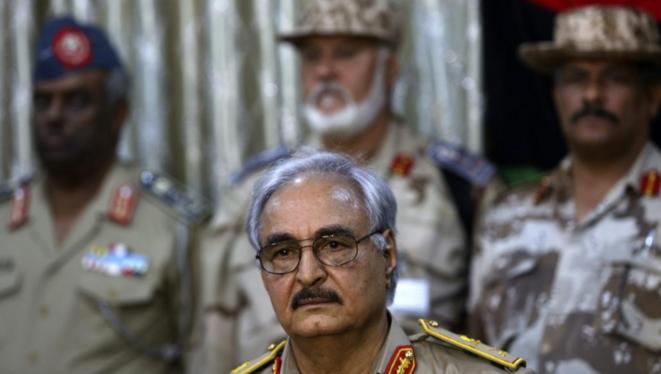 Le «maréchal» Haftar lors d'une conférence à Benghazi le 21 mai 2014 © Reuters / Esam Omran Al-Fetori.