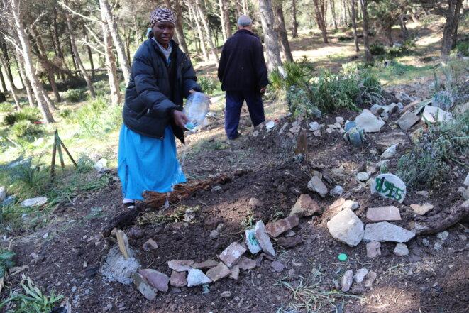 La sépulture anonyme d'un migrant subsaharien au cimetière de Tanger. © MM