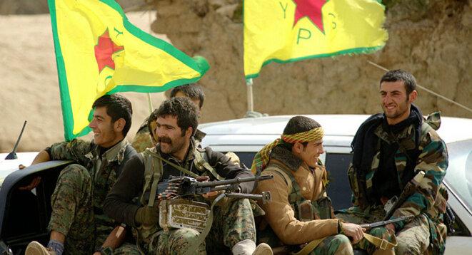 Membres des Unités de protection du peuple (YPG)