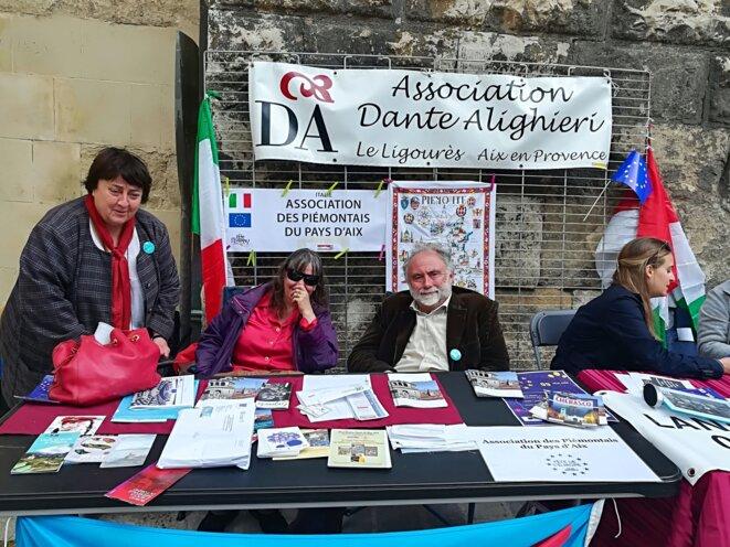 Au centre Jean-Philippe Bianco, président de l'Association des Piémontais du Pays d'Aix.
