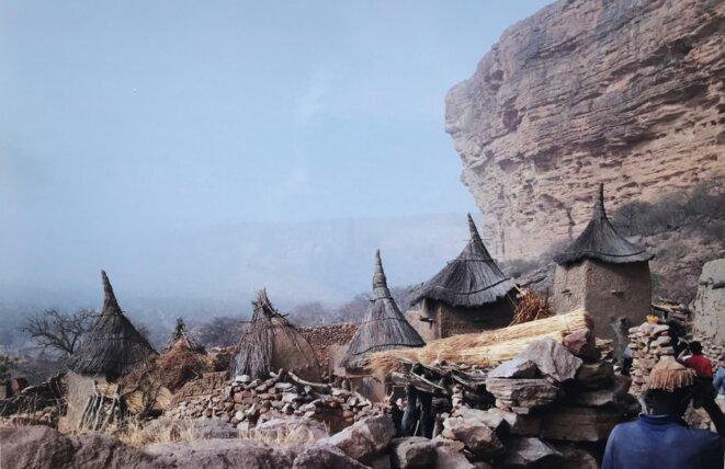 Ireli, village dogon, au bas de la falaise de Bandiagara, sud du Mali [Ph. NP/YF]