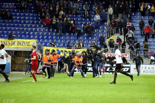 Invasion de la pelouse de Bonal, à la fin du match Sochaux - Red Star, le 3 Mai 2019
