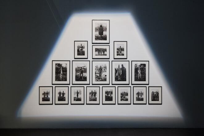 Martin Gusinde (1886 – 1969), Ulen, forte tête, 1923, 41 x 58 cm, Ké'terrnen masculin, 1923, 41 x 58 cm, Tanu de l'ouest, 1923, 41 x 58 cm, Halahâches, 1923, 41 x 58 cm, Sans titre, 1923-1924 (1), 41 x 58 cm, Sans titre, 1923-1924 (2), 28 x 39 cm, Trois Shoort subalternes, 1923, 28 x 39 cm, Keyaish, Shoort du nord, Shoort du sud, 1923, 28 x 39 cm, Kosménk, 1923 (1), 28 x 39 cm, Kosménk, 1923 (2) 28 x 39 cm, Shoort, 1923 28 x 39 cm, Séte Shoort du sud, 1923, 28 x 39 cm, Télen, Shoort du nord, Sén © FRAC PACA /  Laurent Lecas