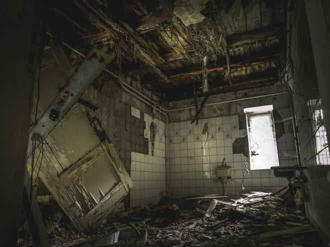 hosto-en-ruine