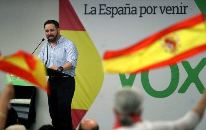 Vox, le nouveau parti fasciste en Espagne, et son leader Santiago Abascal