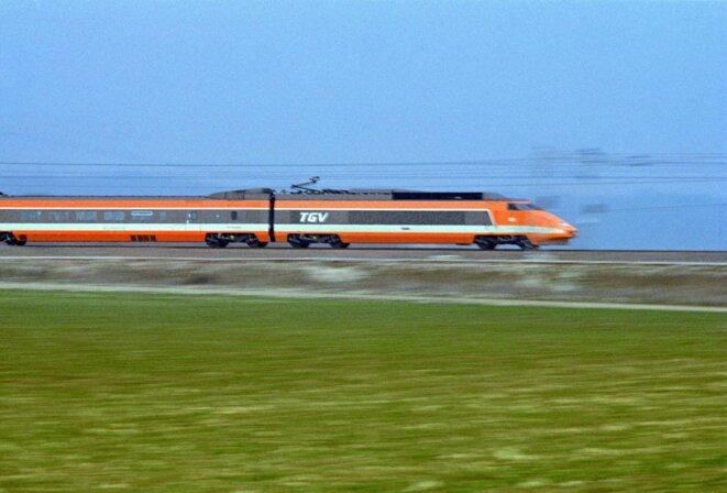 Record du monde de vitesse sur rails, avec la première génération de TGV sur la ligne Paris-Lyon. © Michel Henri - SNCF
