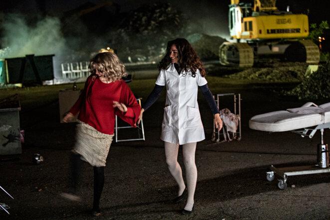 "Scène de ""Maladie ou Femmes modernes"" © Jean-Louis Fernandez"