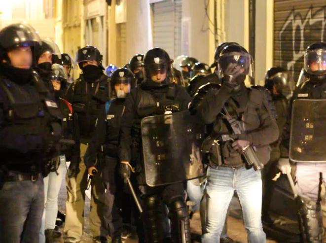 Policiers présents le samedi 8 décembre, Marseille. © DR