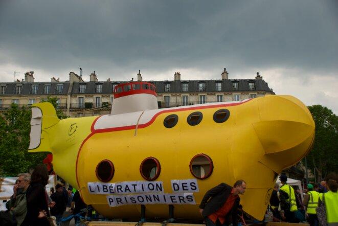 Le sous-marin jaune, mascotte du comité du même nom. Paris 25/05/2019 © Pierre Thomas/IPR