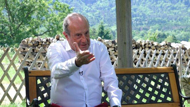 Didier Schuller, le 4 juin 2019, dans sa retraite alsacienne. © Mediapart