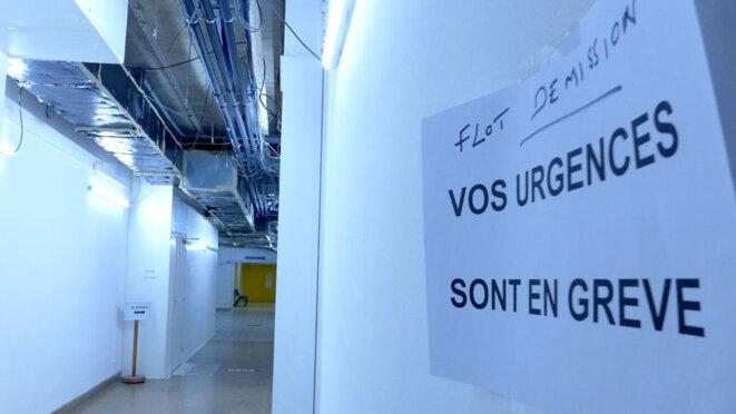 Couloir des urgences, Hopital de Mâcon. Directeur Monsieur Flot. © BB Libre_usage