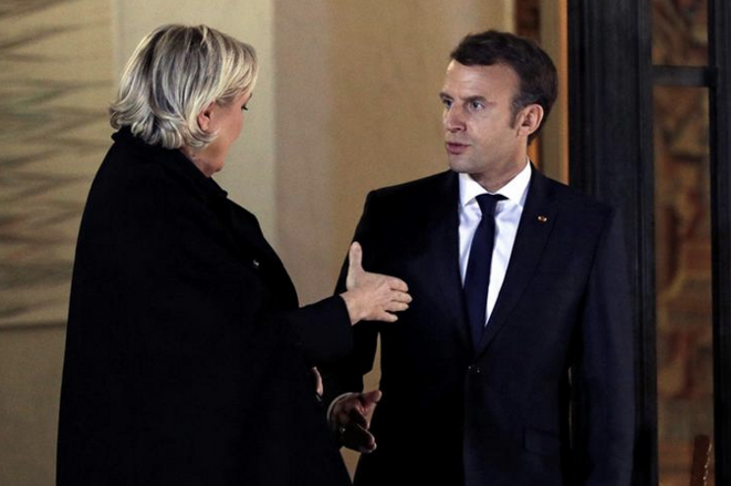 Marine Le Pen et Emmanuel Macron à l'Élysée, le 21 novembre 2017. © Reuters