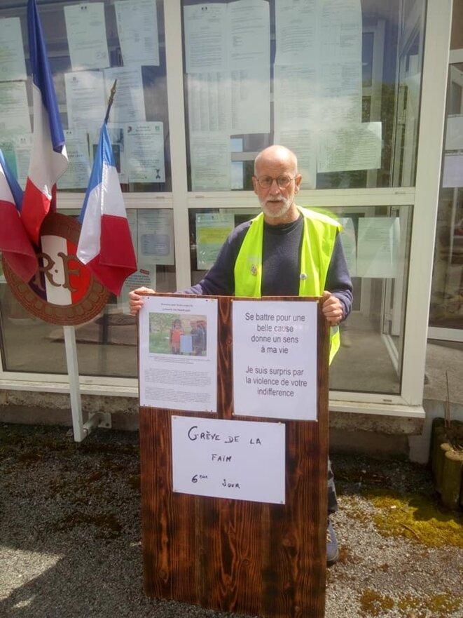 Laurent ALLEAUME à son 6ème jour de grève de la faim. © Laurent Alleaume