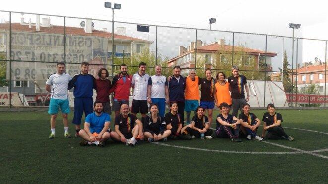 Le match entre Ruzgarla Dans et le Sportif Lezbon s'est conclu sur le score de 12 à 7. © NC