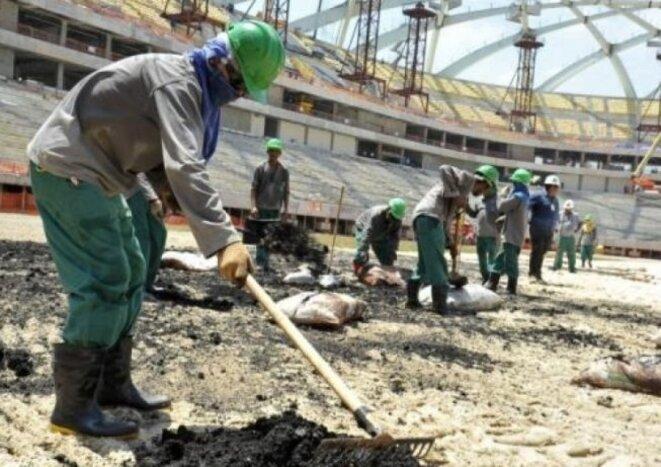 L'esclavage dans les stades au Qatar [Photo DR sur le site de Révolution permanente]