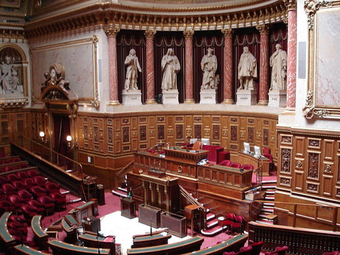 Hémicycle du Sénat © Jacques Paquier, Wikimedia Commons (via Flickr), licence CC-BY 2.0