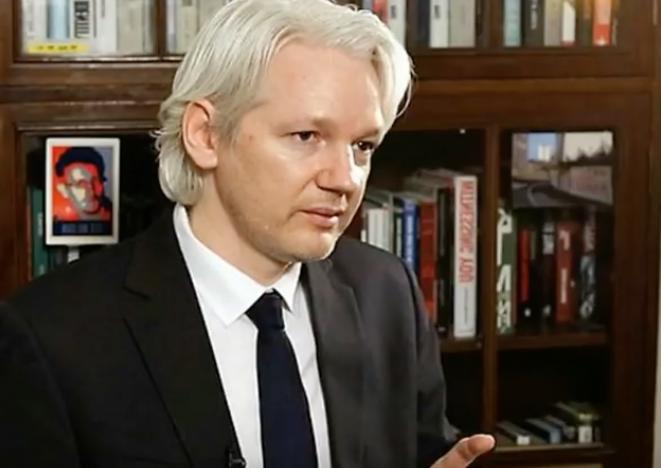 Assange: Comey a fusillé l'accord. (YouTube)